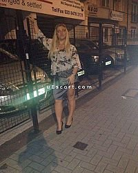 saranda - Female escort in London