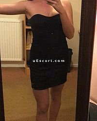 Mia - Female escort in Oxford