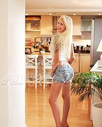 Merilyn - Female escort in London