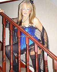 Beverlyn - Female escort in Gravesend