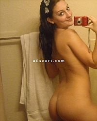 Emily Madisson - Female escort in Aberdeen