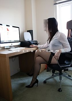 Escort Girl Cheltenham