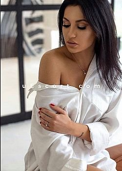 Nikol Escort girl London