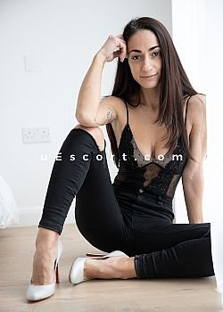 Sweet Exotica Escort girl London
