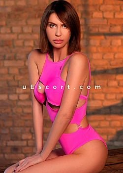 07340895550 Andrea independent Escort girl London