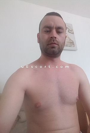 Daniel - Male escort in London
