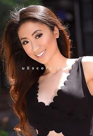 Vivian - Girl escort in London