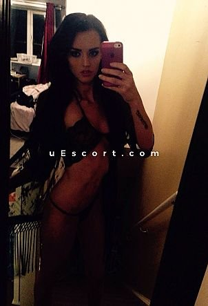 Holly - Girl escort in Derby