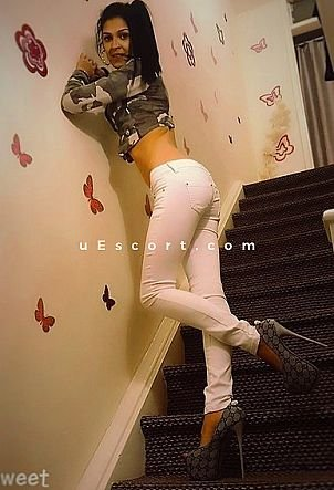 VANESSA - Girl escort in Hillington
