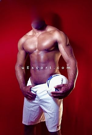 PASCAL - Male escort in London
