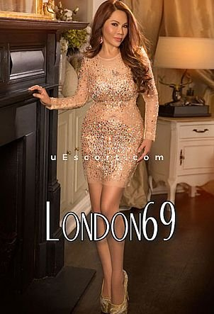 Matha - Girl escort in London
