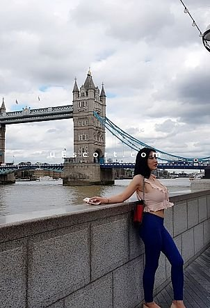 Mia Asian with big assets - Girl escort in London