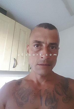 Lee - Male escort in Wolverhampton
