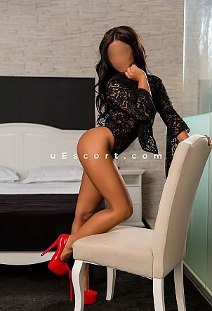 Olivia - Girl escort in London