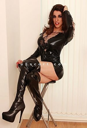 Sarah - Trans escort in London