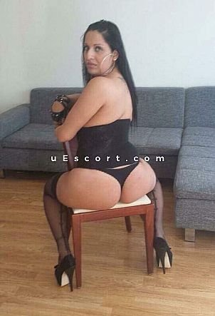 Leyla - Girl escort in Birmingham