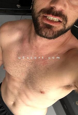Klaudio - Male escort in Richmond