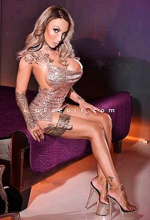 Brooke Jameson - Girl escort in London