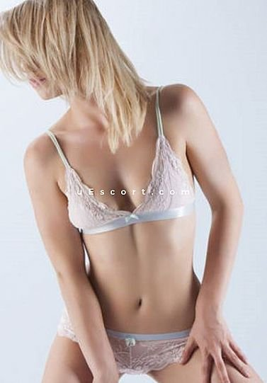 Bree - Girl escort in Manchester