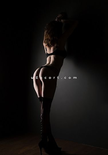 Nix - Girl escort in Stoke-on-Trent
