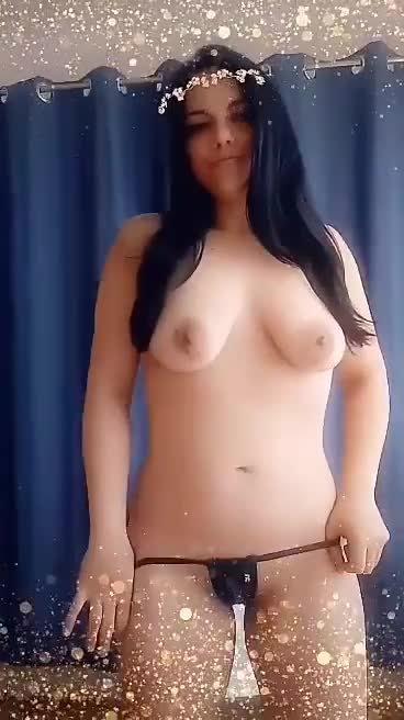 Video escort Girl Katie Brazilian