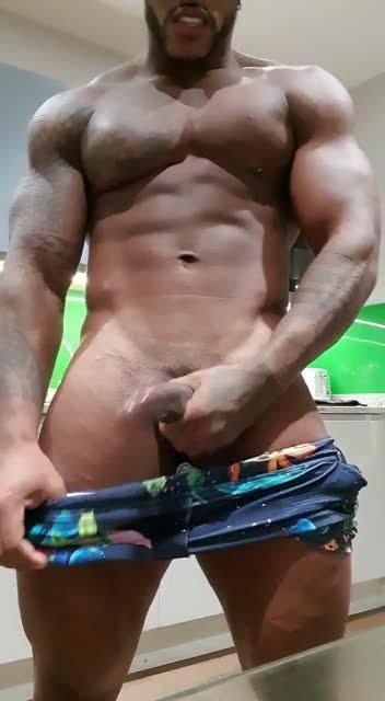 Video escort Males Erick