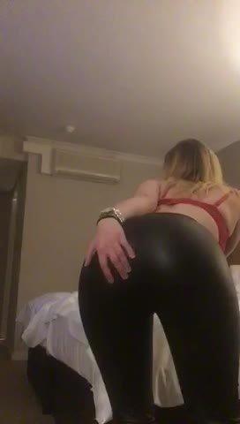 Video escort Girl Amber