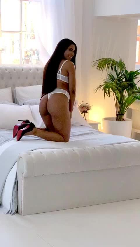 Video escort Escort girl  Victoria